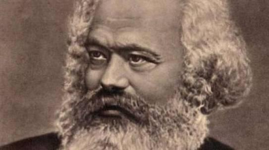 Marx újratöltve: hegemónia-elmélet a Kommunista Kiáltványban (2014)