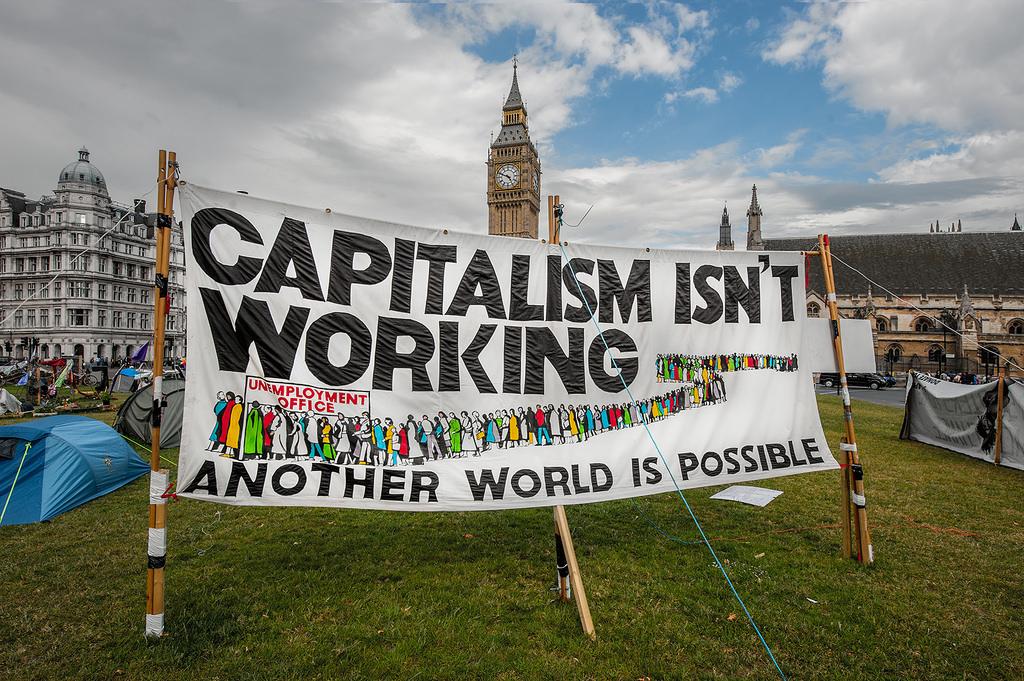 Az alterglobalizációs mozgalom és a szabadkereskedelmi világrend elleni harc